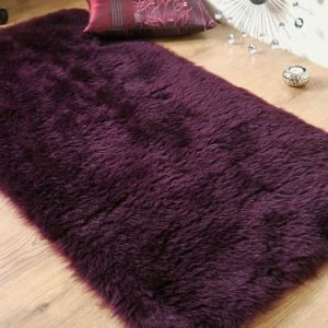 Plum-aubergine-purple-faux-fur-sheepskin-oblong-rug-70-x-140-cm-0